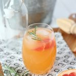 Fresh Grapefruit Spritzer Cocktail Recipe | Refreshing, Summer cocktail made with Rum or Vodka and your favorite sparkling water. Satori