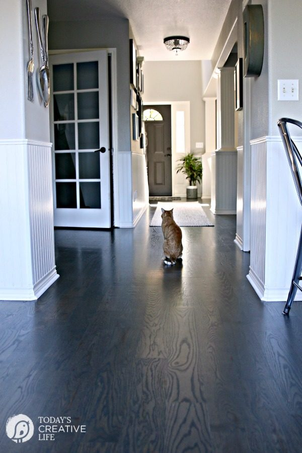 Best Wood Floor Cleaner Non-Toxic | Why you should never clean hardwood floors with vinegar! How to Clean Hardwood flooring. Shiny and no dull floors. TodaysCreativelife.com