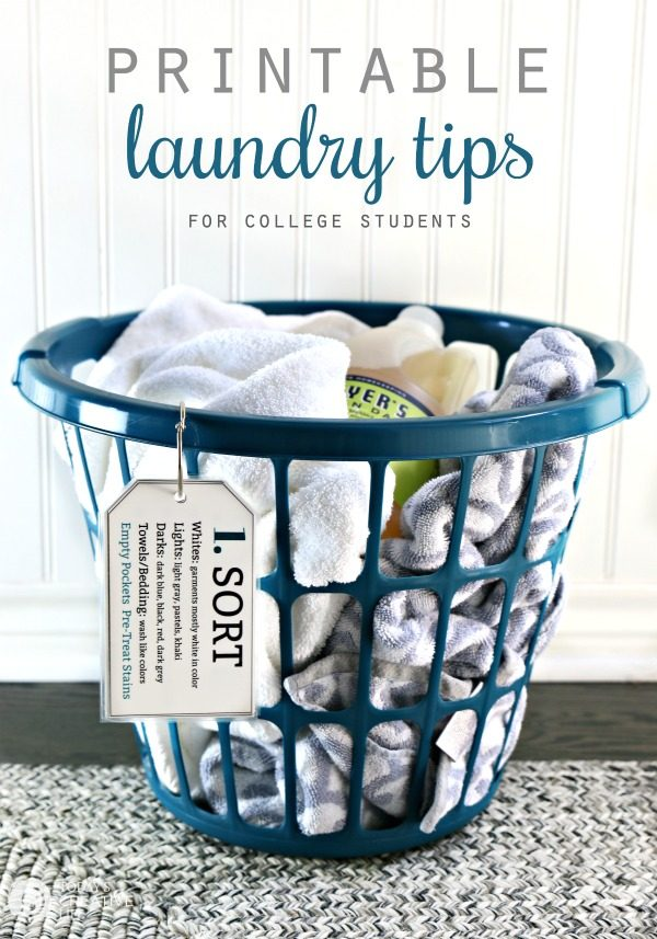 Printable Laundry Tips for College Students | Laundry 101 | Easy laminated laundry note cards | How to do laundry | Laundry tips | Free printable | Find it on TodaysCreativeLife.com #LaundryTips #FreePrintable