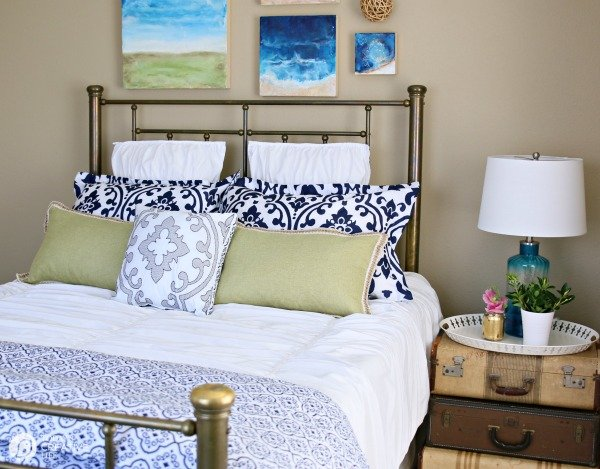 Guest Bedroom Decorating Ideas on a Budget | Before and After Room makeover. Inexpensive Style from Better Homes and Gardens. See more on TodaysCreativeLife.com