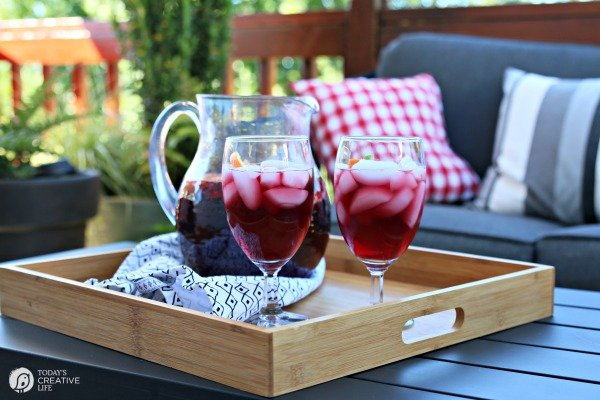 Spanish Sangria Recipe | Traditional, easy to make for a crowd, red wine sangria with citrus fruit. TodaysCreativeLife.com