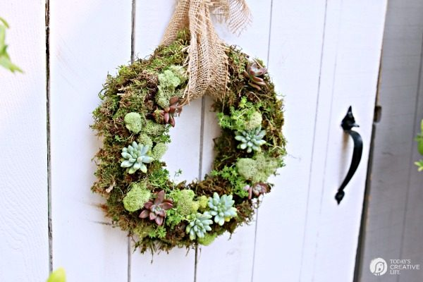 homemade wreath decor