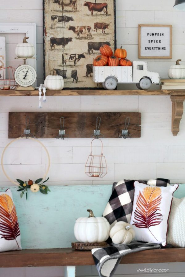 Fall Entryway Ideas from LollyJane