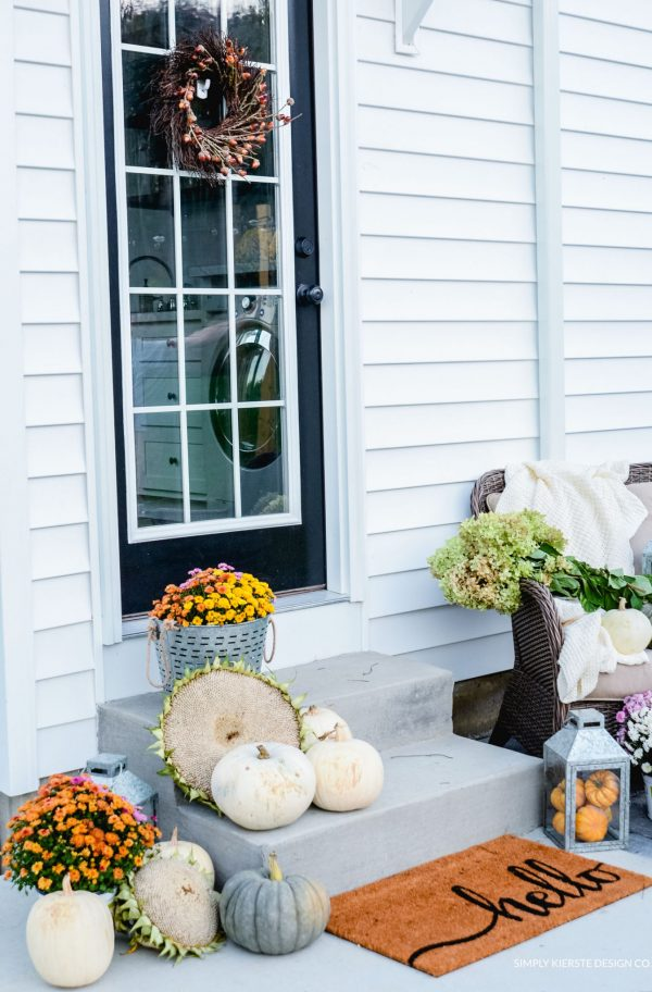 Simple Fall Porch Ideas from Simply Kierste