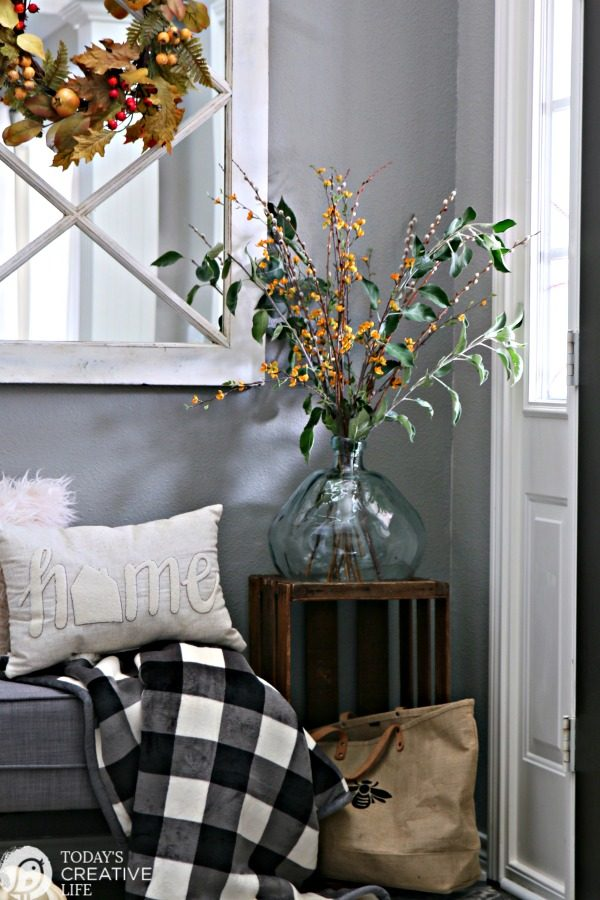 Small Entryway Decorating Ideas | Small entryway bench and decor | TodaysCreativeLife.com