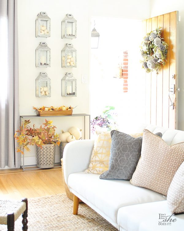 Fall Porch and Entryway Ideas from I Don't Know How She Does It