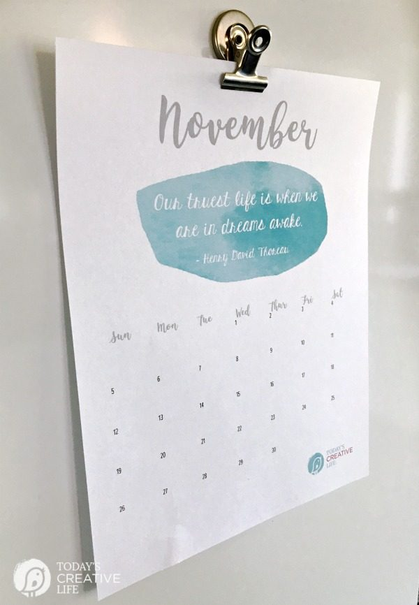 November 2017 Free Printable Calendar | Printable month to month calendar | Get it on TodaysCreativeLife.com