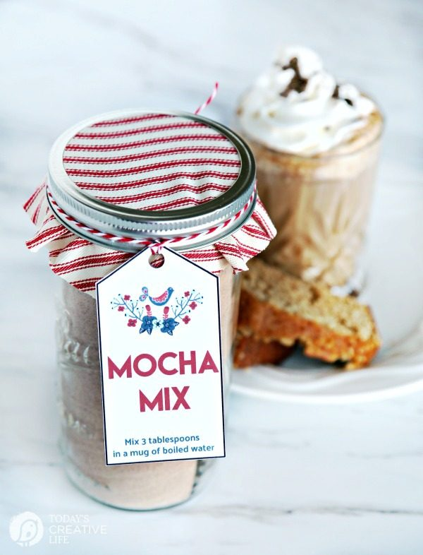Homemade Mocha Mix Recipe Easy holiday homemade gift idea | TodaysCreativeLife.com