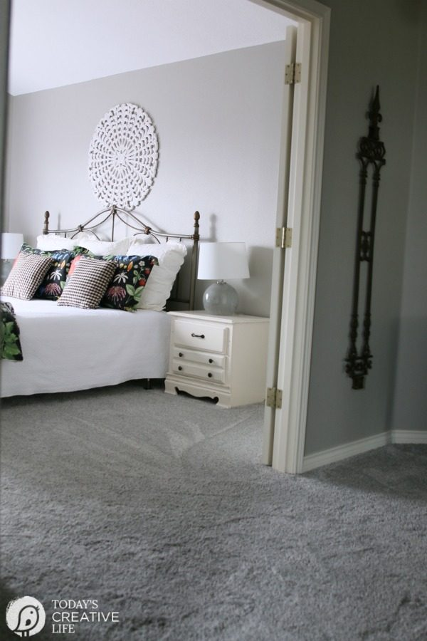 Hypoallergenic Carpet Ideas - Air.o Unified Soft Flooring | Recyclable Carpet | Flooring made from recycled materials | Easy to Install | Toxin Free Carpet | Updating old carpet | TodaysCreativeLife.com