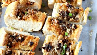 Sun-Dried Tomato Garlic Bread