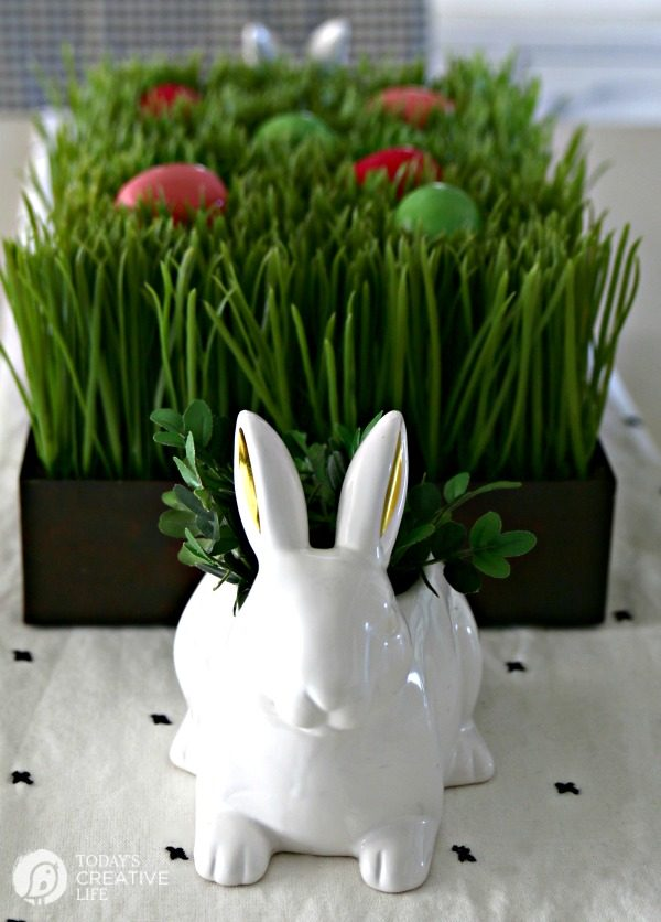 Easy Easter Table Decorations | Today\'s Creative Life