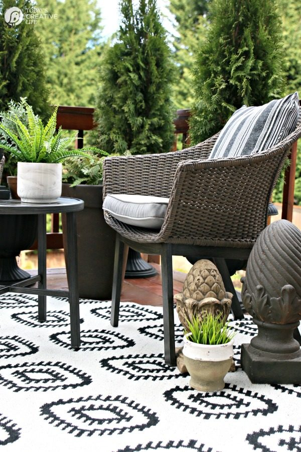 Easy Patio Decorating Ideas | Today's Creative Life on Patio Decor Ideas Cheap id=59113