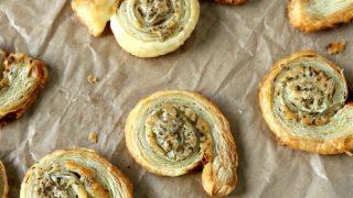 Puff Pastry Garlic Parmesan Spirals