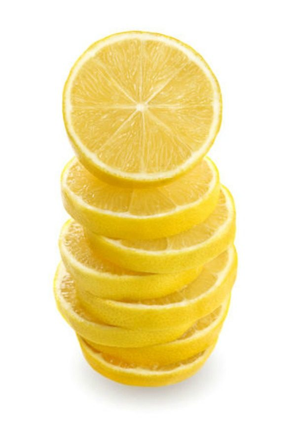 Natural Ways to Deodorize your Home   Toxin Free ways to have a cleaner smelling home. TodaysCreativeLife.com