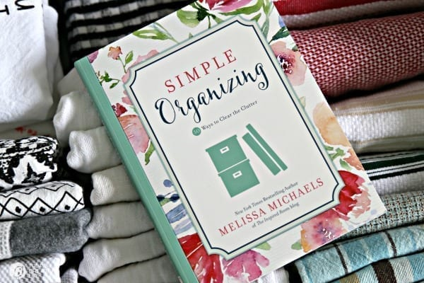 Simple Organizing Solutions for Kitchen Linens