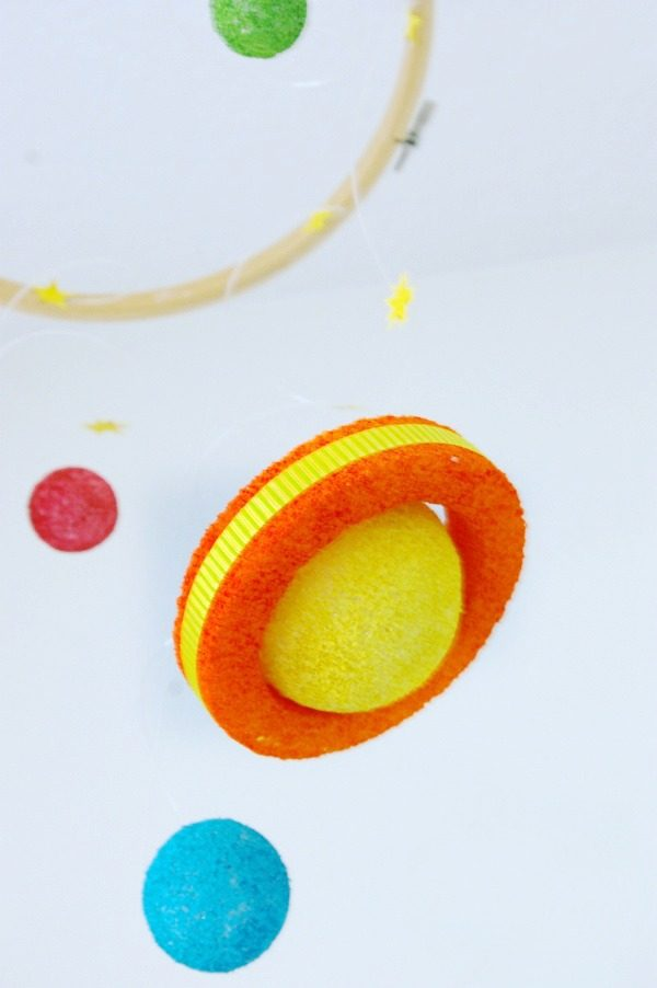 DIY Solar System Kids Craft | Styrofoam Kit | Crafts for Kids | Space Projects for Kids | DIY Space Mobile | TodaysCreativeLife.com