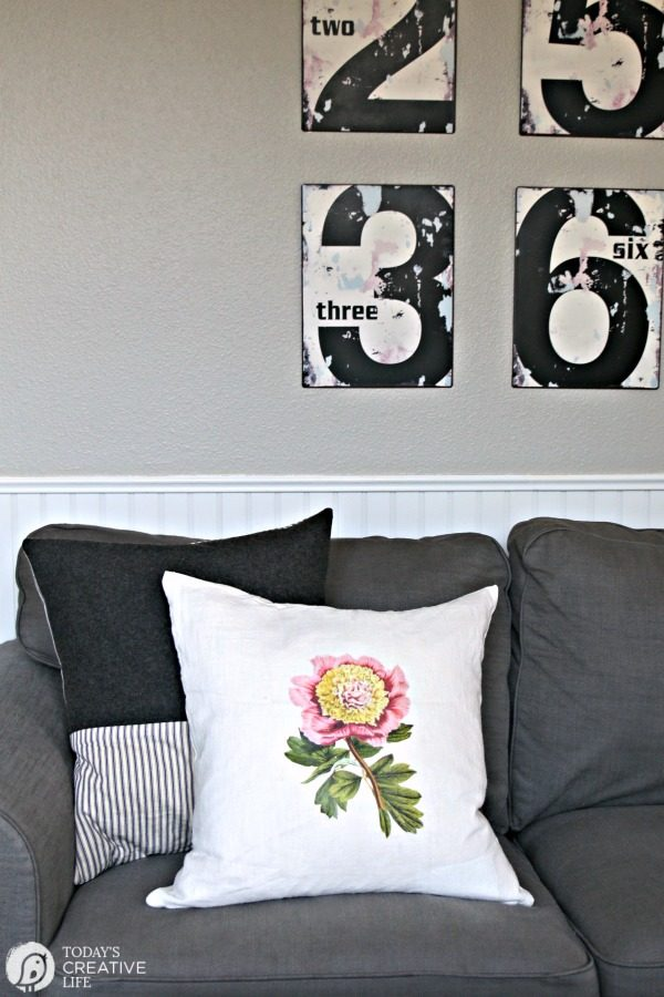 DIY Home Decor with Iron On Transfer Sheets | Easy Decorating and redecorating with iron-on transfer paper | Botanical free printable | Iron-On graphics | Budget decorating ideas | Decorating for Spring and Summer | TodaysCreativeLIfe.com