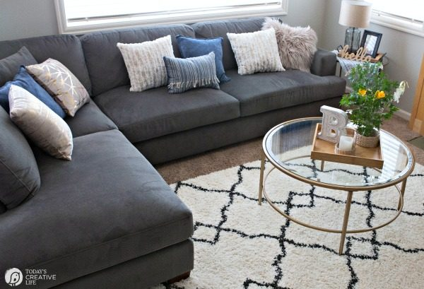 Family Room Ideas on a Budget | BEFORE and after living room decorating ideas | Room makeover decor | redecorating your home on a budget | Decorating with Pillows | TodaysCreativeLife.com