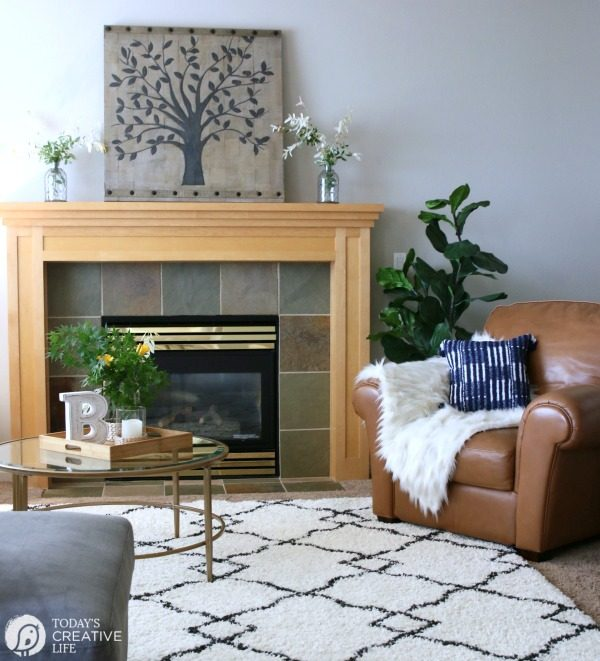 Family Room Ideas on a Budget | BEFORE and after living room decorating ideas | Room makeover decor | redecorating your home on a budget | BetterHomes&Gardens | TodaysCreativeLife.com