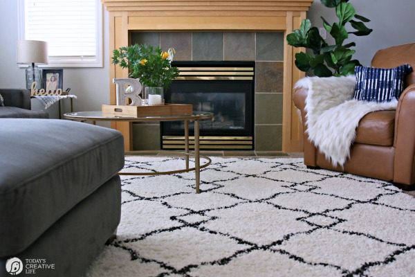 Family Room Ideas on a Budget | BEFORE and after living room decorating ideas | Room makeover decor | redecorating your home on a budget | Area Rug Ideas | TodaysCreativeLife.com