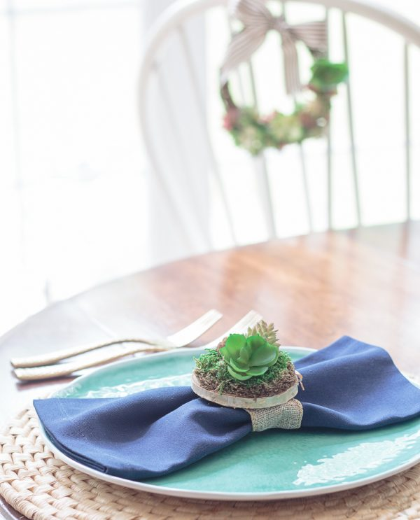Succulent Napkin Rings DIY | Easy Craft Idea | Table Decor | How to Make Napkin Rings | Decorating your Table | Tablescape ideas | Easy Crafts Tutorial | Atta Girl for TodaysCreativeLife.com