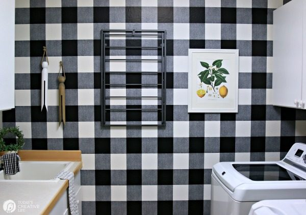 Black and White themed Laundry Room Makeover