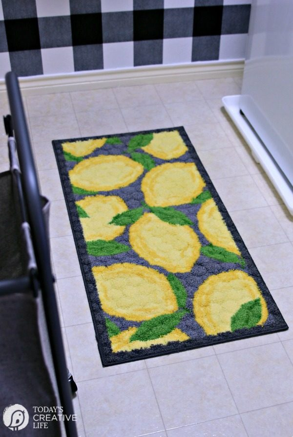 Laundry Room rug with lemons design