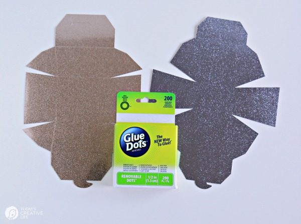 Glue Cricut Scoring Wheel Take Out Boxes | DIY Gift Box | Cricut Maker Project ideas | TodaysCreativeLife.com