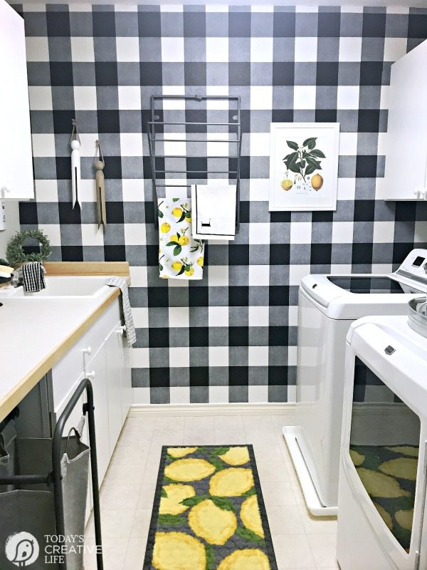 Budget Friendly Laundry Room Makeover | Black and White Farmhouse Style Room makeover | TodaysCreativeLife.com