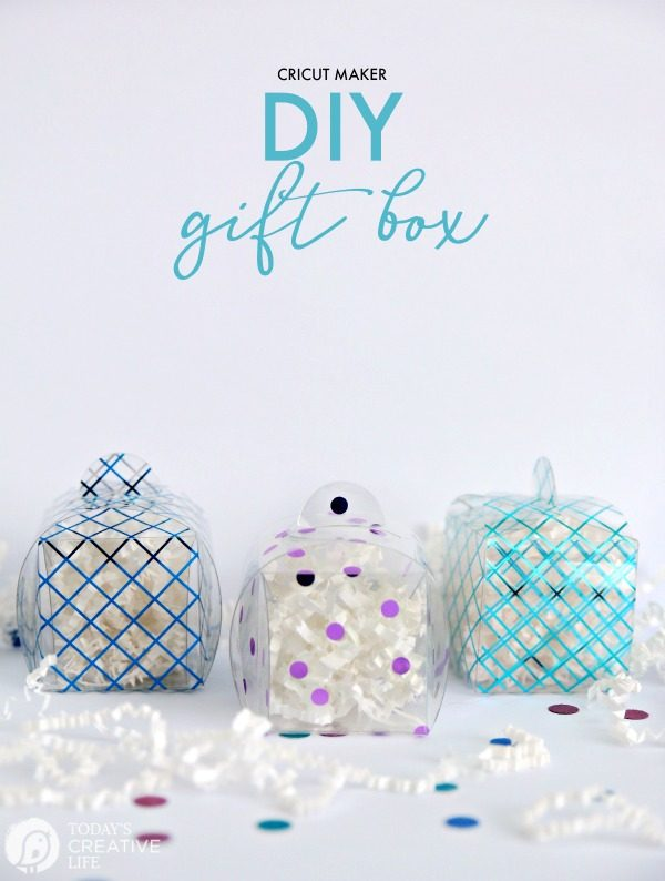 Cricut Scoring Wheel DIY Gift Box | How to make a gift box | Cricut Projects | Scoring Wheel Ideas | TodaysCreativelife.com