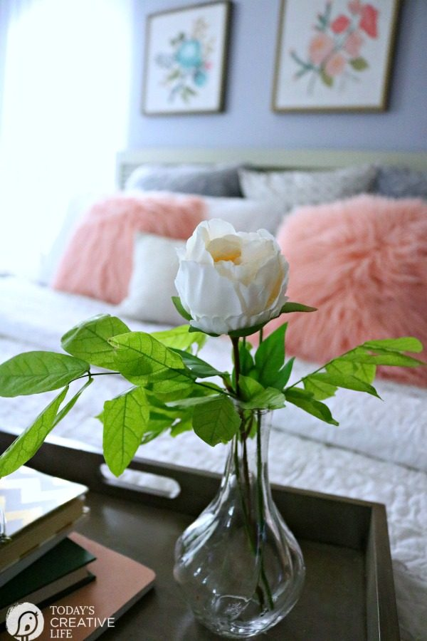 budget friendly bedroom decorating ideas today s creative life