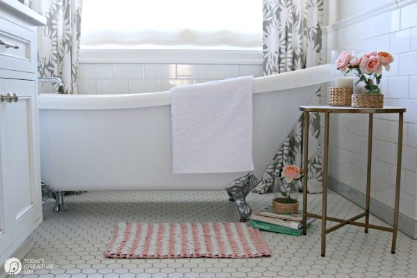 Bathroom Refresh Decorating ideas. TodaysCreativeLife.com