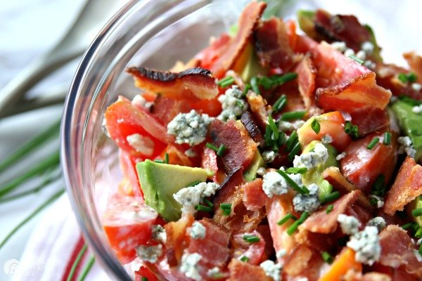 Tomato Avocado Salad with Bacon and Blue Cheese Recipe | TodaysCreativeLife.com