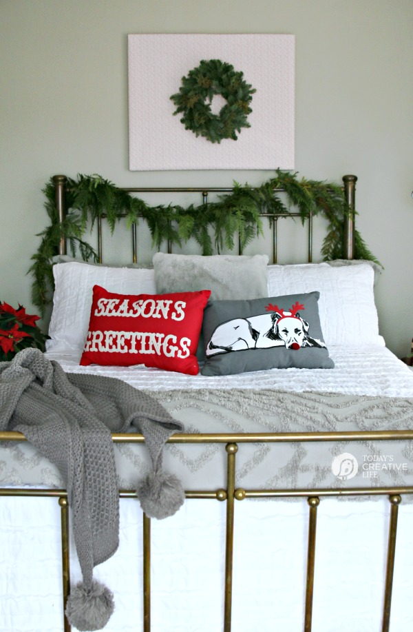 Holiday Guest Room Makeover | TodaysCreativeLife.com