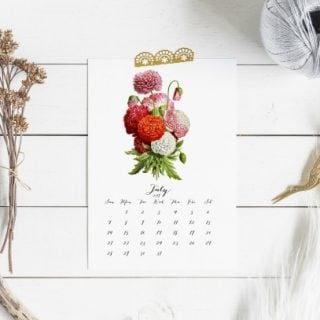 Free Printable 2019 Calendar | Vintage Botanical Flowers | TodaysCreativeLife.com