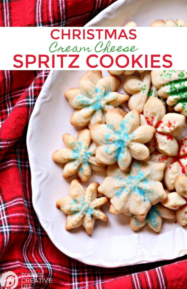 Plate of Christmas Cookies - TodayscreativeLife.com