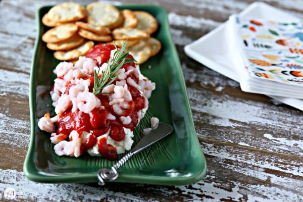 Cream Cheese Cocktail Sauce Shrimp Dip | Simple party appetizer | TodaysCreativeLife.com
