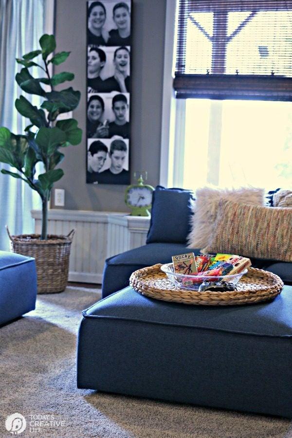 Teen Hangout Basement Decor | TodaysCreativeLife.com