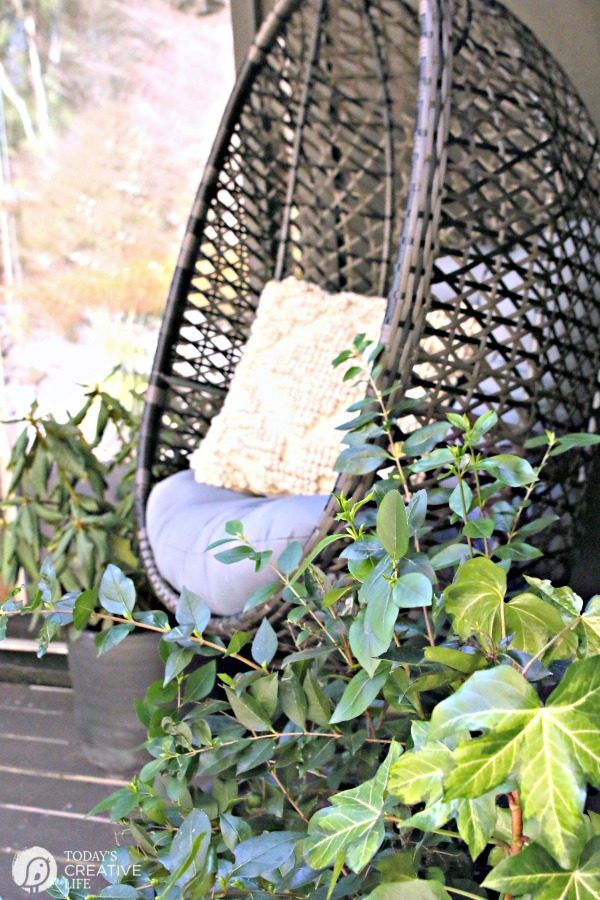 Hanging Wicker Egg Chair | Budget Friendly | TodaysCreativeLife.com