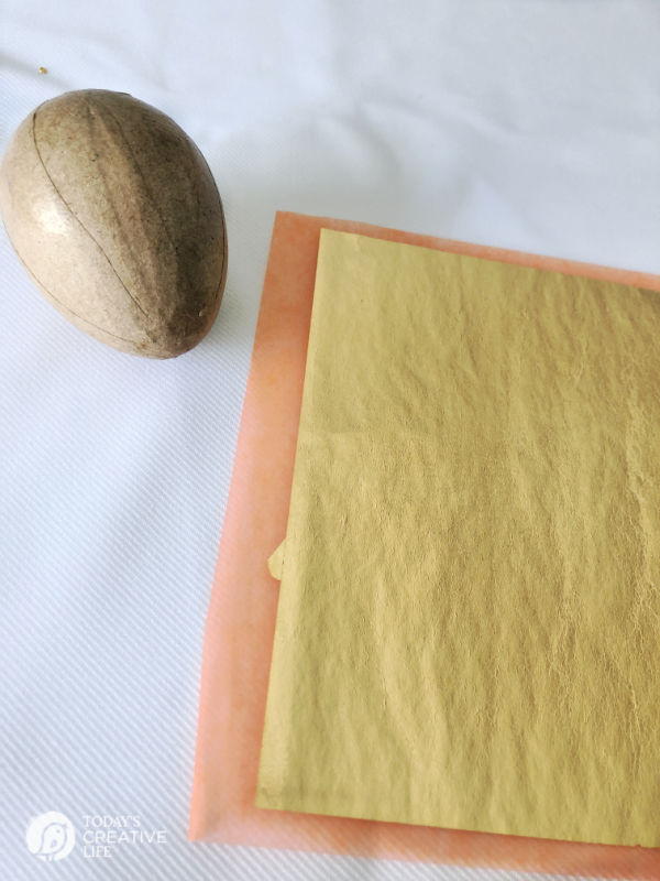 Gold Leafing Sheets DIY Easter Egg | TodaysCreativeLife.com