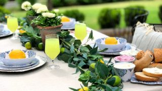 Setting your Outdoor Table