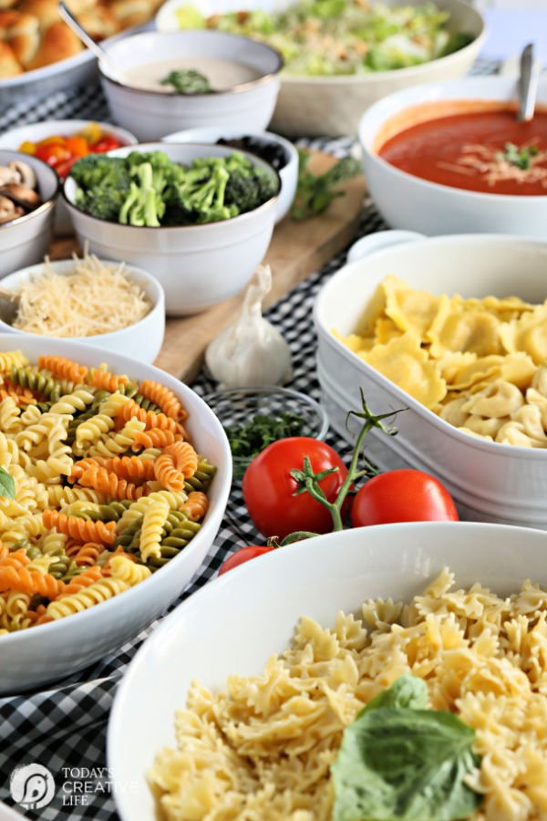 How to Host a Pasta Bar |