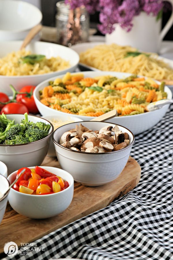 How to Plan a Pasta Buffet | TodaysCreativeLife.com