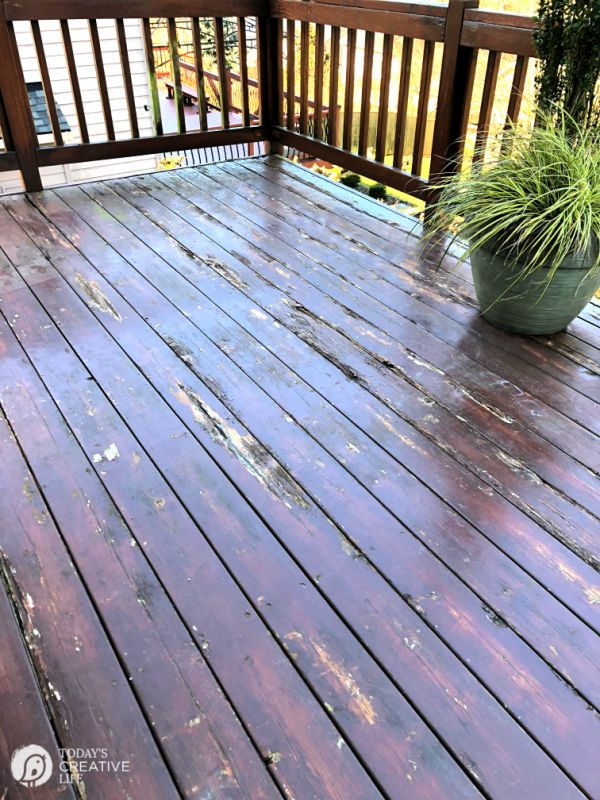 Dry Rot Wood Deck | TodaysCreativeLife.com