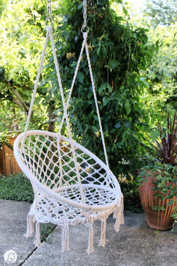 Macrame Rope hanging chair | todayscreativelife.com