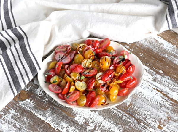 Tomato Salad Recipe | Add cucumbers if wanted | TodaysCreativeLife.com