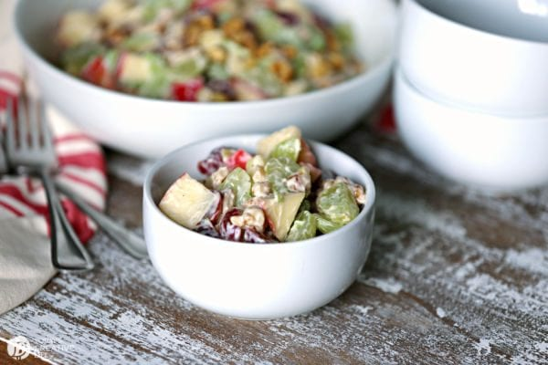 Summer Salad Ideas | Waldorf Salad with Mayo | todayscreativelife.com