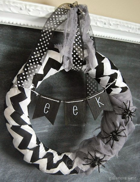 black and white wreath for halloween