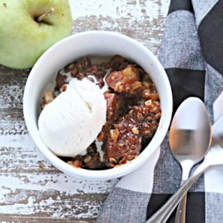 Slow Cooker Butterscotch Apple Crisp