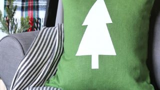 DIY Holiday Pillows with Cricut